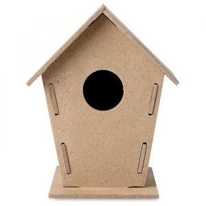 diy wooden birdhouse in MDF